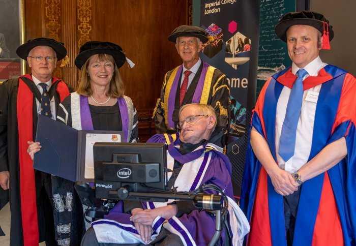 Interesting Stephen Hawking Facts nobel