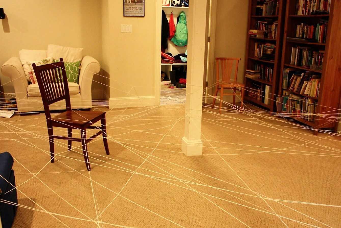 spider web maze prank