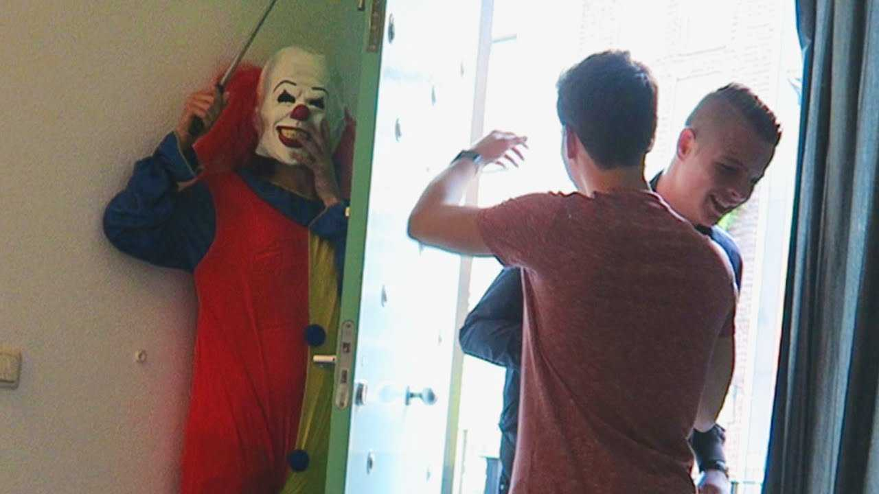 jump scare prank