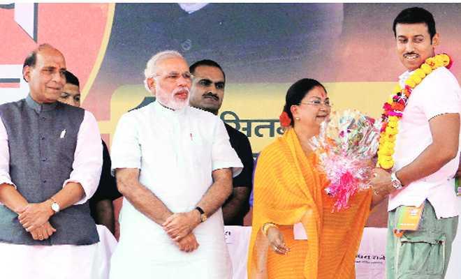 rajvardhan-singh joins BJP